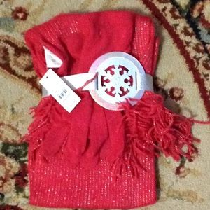 NY&C Coral Glove and Scarf Set